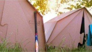 Il existe des tentes faites de matières recyclées